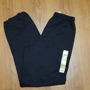 NWT Hanes men black EcoSmart cinch leg sweatpants